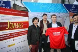 Alberto Nuñez Feijóo presente en el stand de la AHAP, durante el Buenos Aires Celebra Galicia