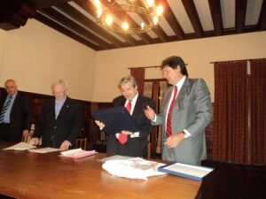 Homenaje-al-Dr.-Alberto-Bueres